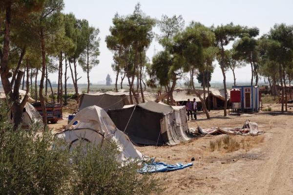النازحون في ريف الرقة يطالبون بالمساعدات ومجلس الرقة المدني يستجيب