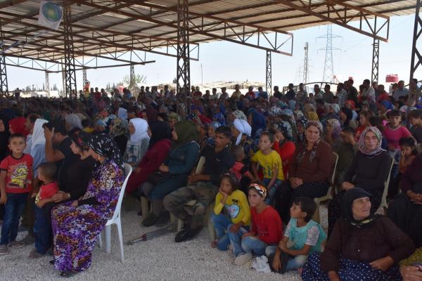 إبراهيم القفطان يشرح التطورات التي تشهدها المنطقة لأهالي عفرين