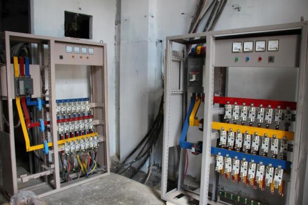 شركة الكهرباء بمنبج تنفذ مشاريع بعشرات الملايين