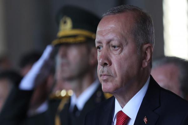 نيويورك بوست تتساءل: لماذا لا يتناول الإعلام الأمريكي علاقة حكومة أردوغان بداعش؟