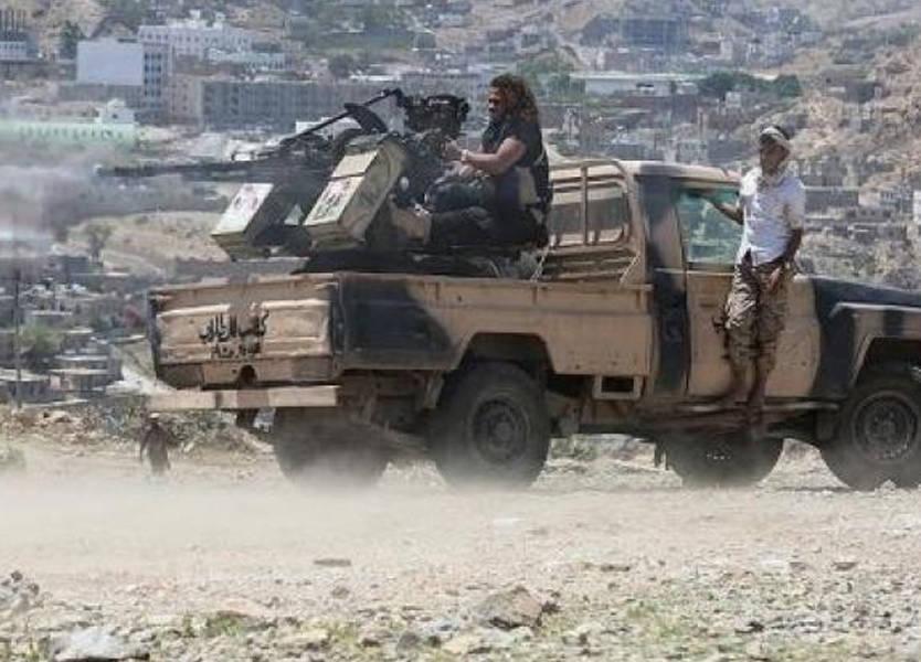 اشتباكات قوية تشهدها الحديدة في ظل اتفاق وقف إطلاق النار