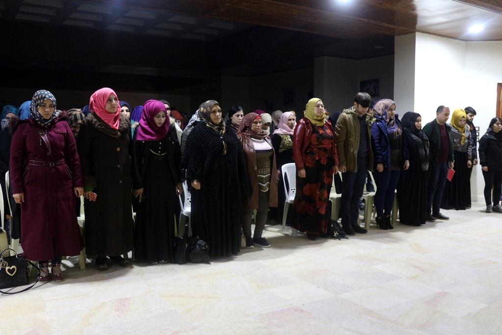 نساء الطبقة يستذكرن مقاومة العصر وتنددن بالاعتداءات التركية