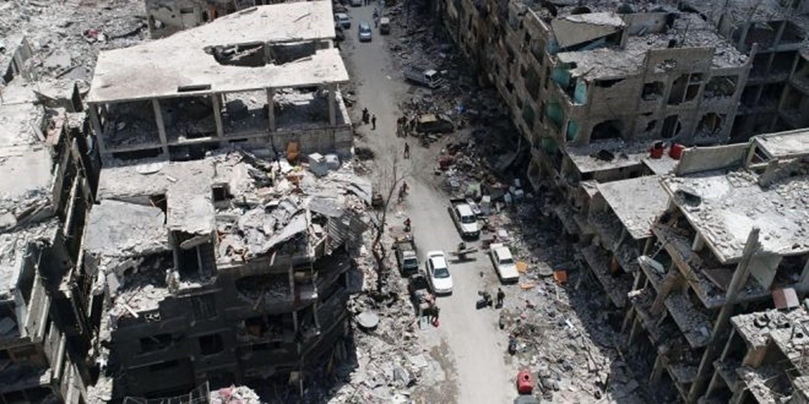 المباني المهددة بالانهيار تنذر بأزمة في شرقي حلب