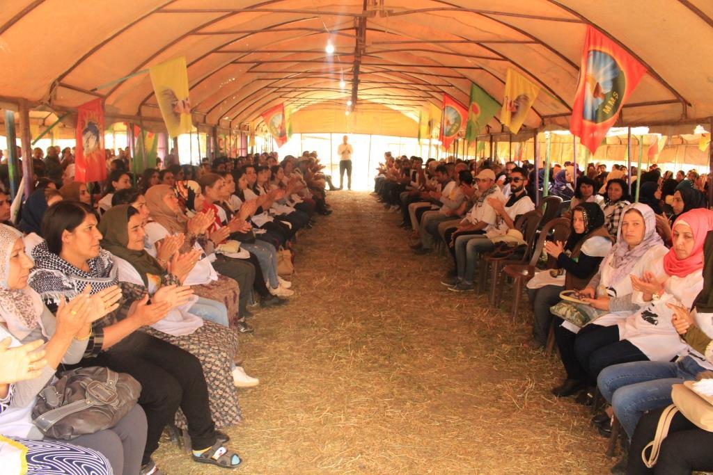 مشاركو الإضراب : النضال يتجلى اليوم بوحدة الشعوب ورفضهم الدكتاتورية التركية