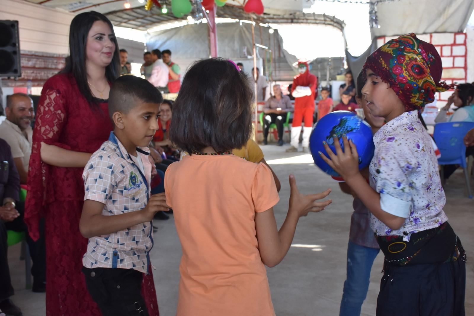 حفلة ترفيهية لأطفال الشهداء بمقاطعة الشهباء