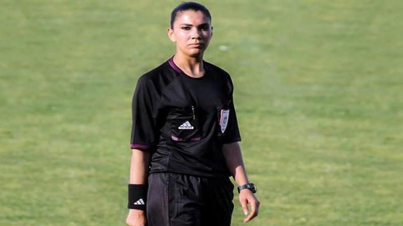 أول امرأة عربية تدير مباراة كرة قدم
