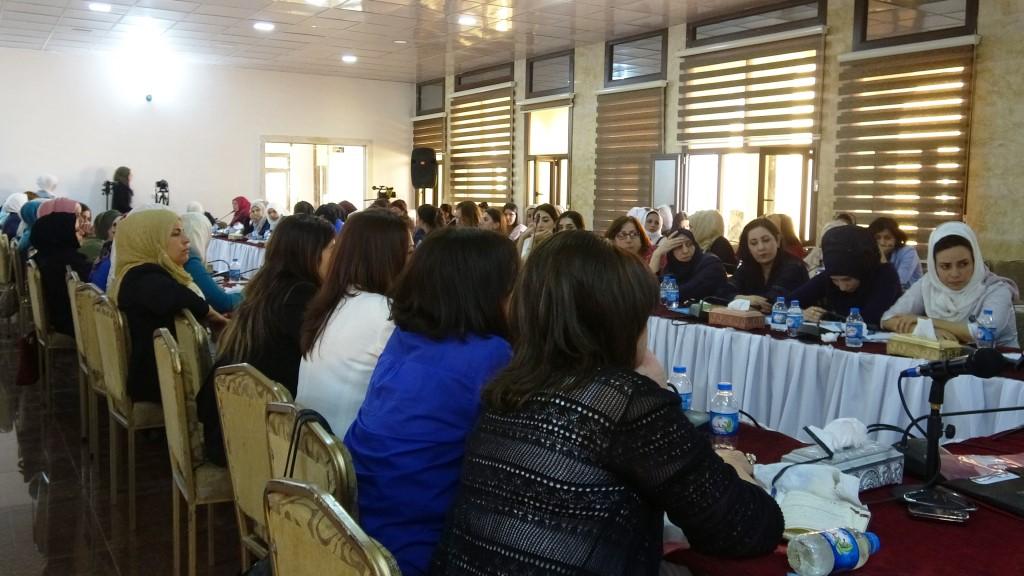 بطرح مقترحات لحل قضية تحرر المرأة اختتم ملتقى مجلس المرأة السورية أعماله