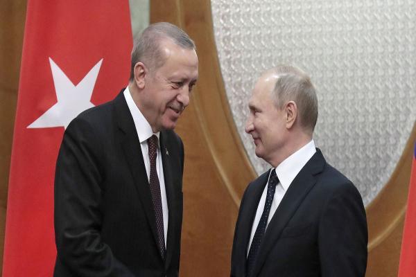 بلومبيرغ: على الغرب أن يكون أكثر جدية في مواجهة أردوغان