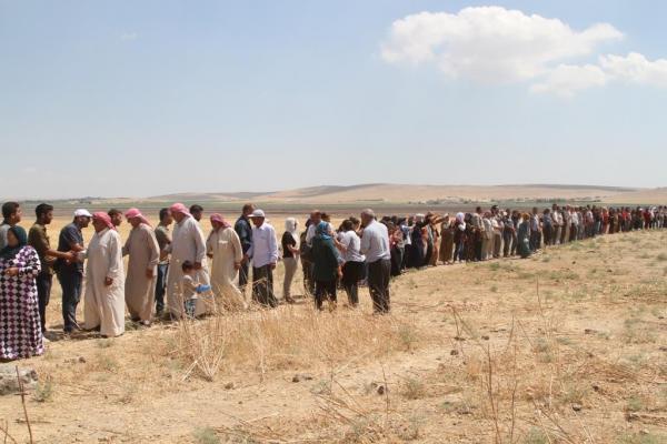 لليوم الثاني.. الاعتصام المفتوح على الحدود التركية في كوباني يستمر