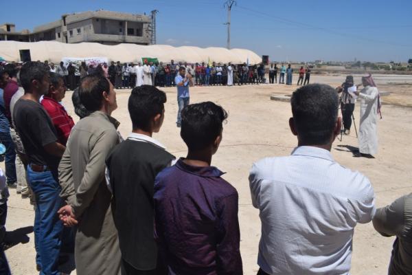 الأهالي يواصلون اعتصامهم ويؤكدون: لن ننسى مجازر العثمانيين
