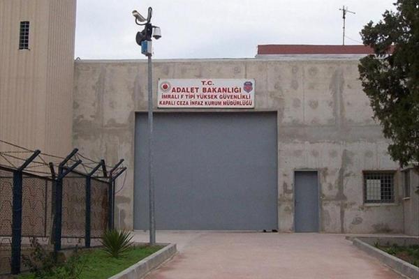 النيابة العامة ترفض طلبات اللقاء مع المتعقلين في إمرالي