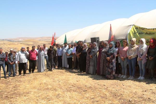 لليوم السابع على التوالي.. دروع بشرية في وجه الاحتلال