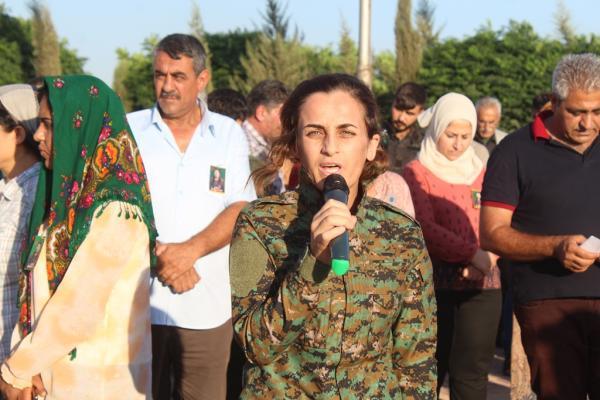 في مراسم تشييعها: أمكيهان مثال المرأة الحرة