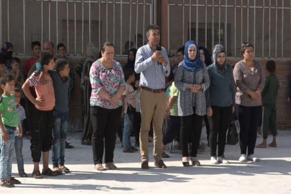 مكتب شؤون اللاجئين والنازحين يناشد بتقديم دعم عاجل لآلاف النازحين المتوجهين إلى الحسكة