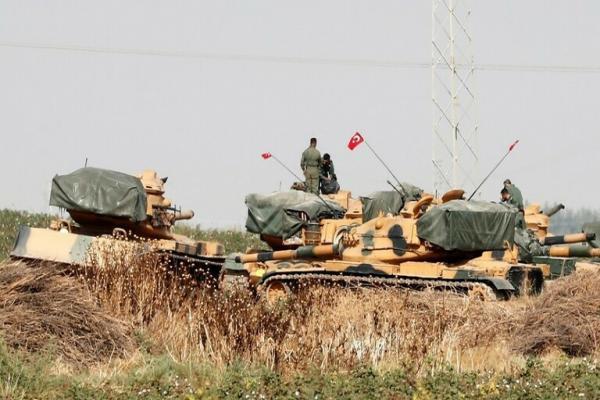 الاحتلال التركي يستخدم دبابات طورتها إسرائيل في هجومها