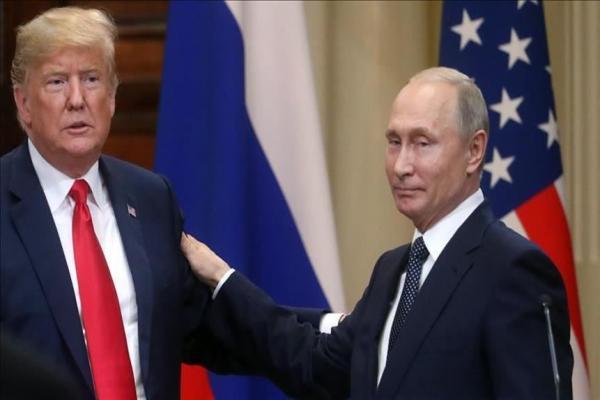 ضابط مخابرات سابق: ترامب نجح في التحول من أحمق إلى عميل كامل الأركان لروسيا