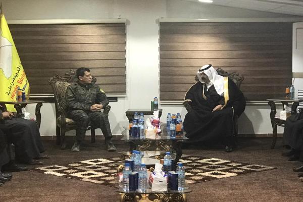 مظلوم عبدي يجتمعُ مع أعضاءِ هيئة الأعيان في شمال وشرق سوريا