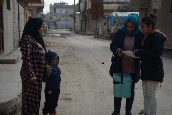 الهلال الأحمر الكردي يطلق حملة لقاحات في كوباني