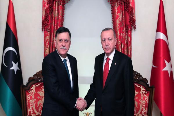 لقاء بين أردوغان والسّرّاج في إسطنبول