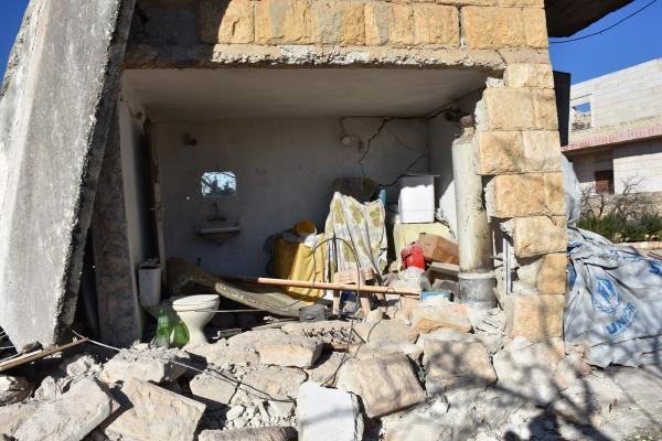 أنجيلا رشو: مجزرة قرية آقيبة جريمة فظيعة بحق الإنسانية