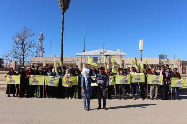 أهالي تل حميس يُطالبون بالكشف عن صحة القائد أوجلان