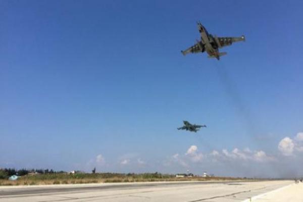 قصف مكثف لروسيا والنظام تمهيداً للتقدم بريف حماة