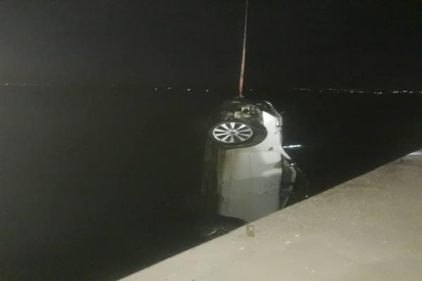 شاب من كوباني يفقد حياته اثر سقوطه مع سيارته في نهر الفرات