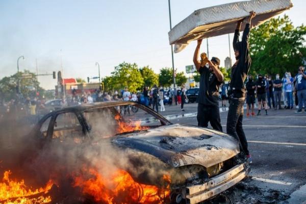 البنتاغون ينشر قوات إضافية لمواجهة الاحتجاجات