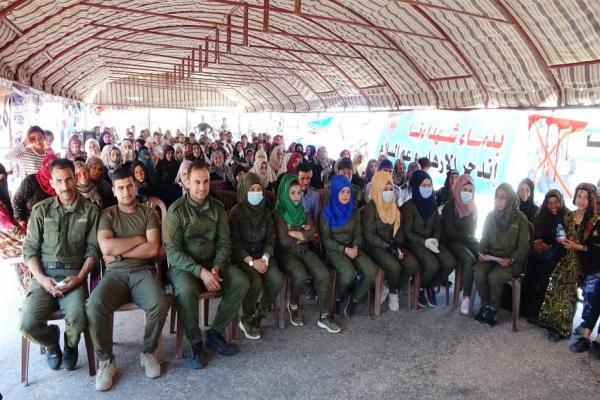 من خيمة الاعتصام: استهداف النساء للنيل من هويتهن السياسية