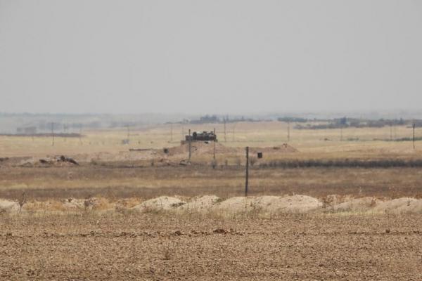 جيش الاحتلال يبني القواعد العسكريّة والسّواتر في قرى كري سبي وعين عيسى