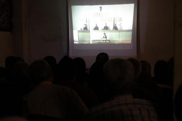 عرض سنفزيون في حلب لاستذكار شهداء مقاومة 14 تموز في السجون التركية