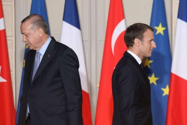 رويترز: تصاعد التوتر بين فرنسا وتركيا بعد حادثة الناتو البحرية