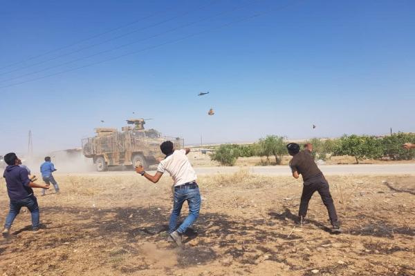 تسيير دورية مشتركة على الحدود السورية التركية غرب كوباني