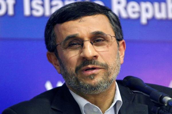 أحمدي نجاد يريد التوسط لحل المشكلة اليمنية