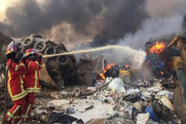 أضرار هائلة وسقوط عدد كبير من الجرحى في انفجار بيروت