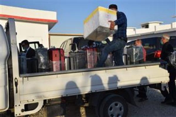 هيئة الصّحّة تتسلّم 5 أجهزة PCR و500 كيت مقدّمة من الهلال الأحمر الكردستانيّ