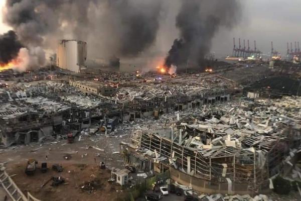 أكثر من 30 قتيلاً وثلاثة آلاف جريح حصيلة ضحايا انفجار بيروت
