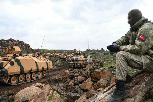 تعزيزات تركية تدخل جبل الزاوية وحشود عسكرية للقوات الحكومية تصل إلى إدلب