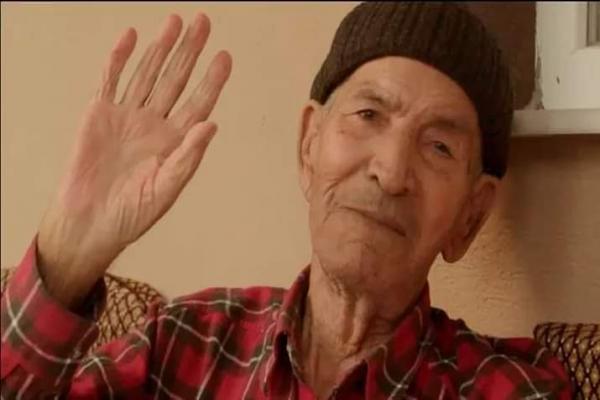 السلطات التركية تمنع إدخال جثمان الفنان محمد غازي إلى سوريا