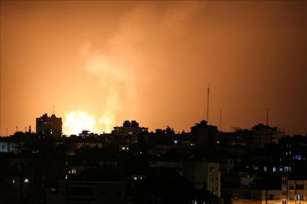 التوتر يشتد في غزة.. إسرائيل تغلق معبر رئيسي وتهدد الفصائل