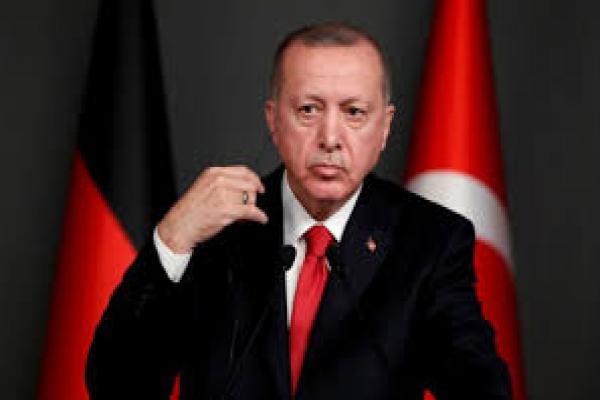 أردوغان مستاء من السراج ويتحدث عن إمكانية حوار مع مصر واليونان