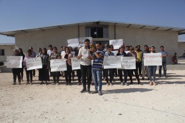 اتحاد معلمي عفرين يؤكد تمسكه بحق التعليم باللغة الكردية