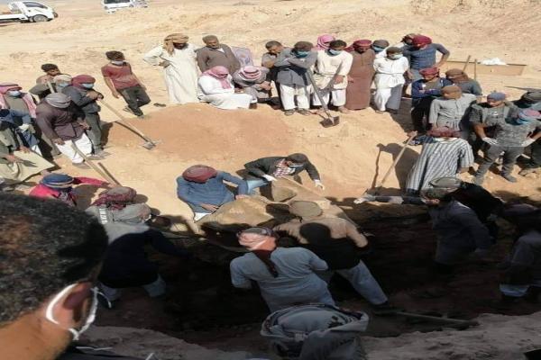 بعد عثورهم على مقبرة جماعية... عشيرة الشعيطات تتعرف على هوية 25 من ضحاياها