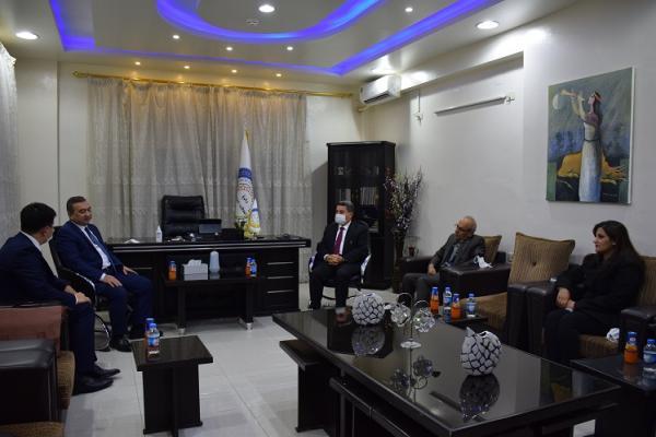 مستشار رئيس أوزباكستان يزور شمال وشرق سوريا