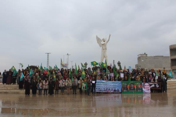 مؤتمر ستار بإقليم الفرات يدعو النساء إلى النهوض في كفاح موحّد ضد العنف