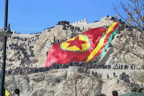 الكاتب خليل جمال: PDK يؤدي دور هارباكوس ضد PKK