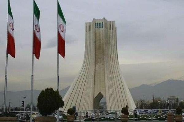 البرلمان الإيراني يصوّت على قانون يتيح رفع تخصيب اليورانيوم