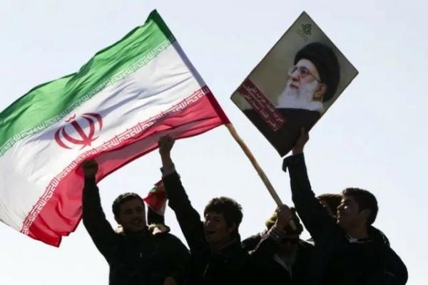 الرد قادم.. سيناريوهات انتقام إيران في عيون إسرائيل