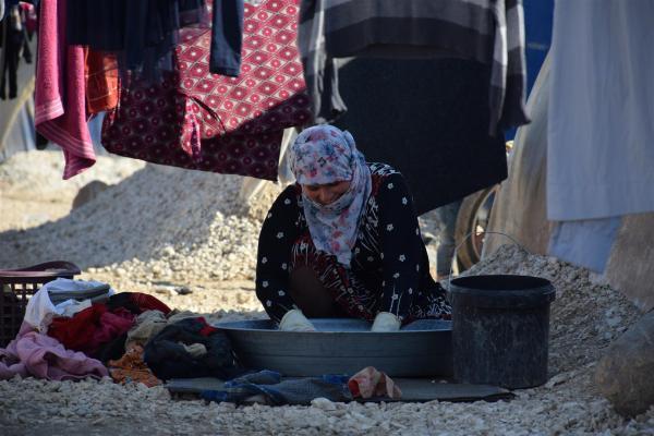 النساء المهجّرات بين ألم النزوح وأمل العودة