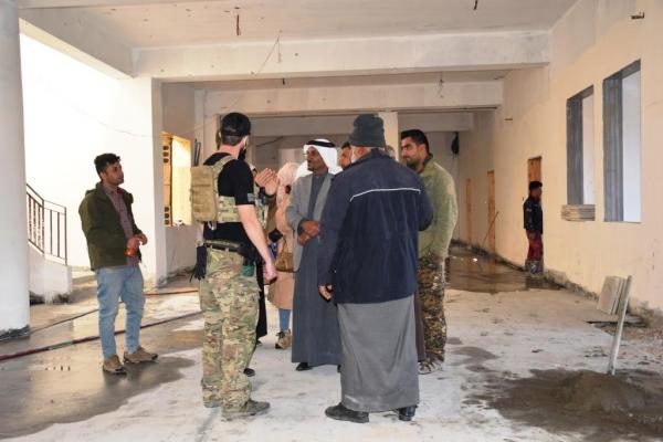 مجلس دير الزور والتحالف الدولي يزورون مشفى هجين